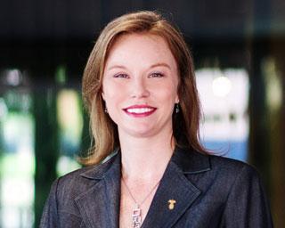 Headshot of Monica Navarro