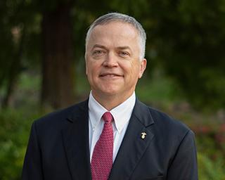 Headshot of Southern First banker, Matt Kneeland.